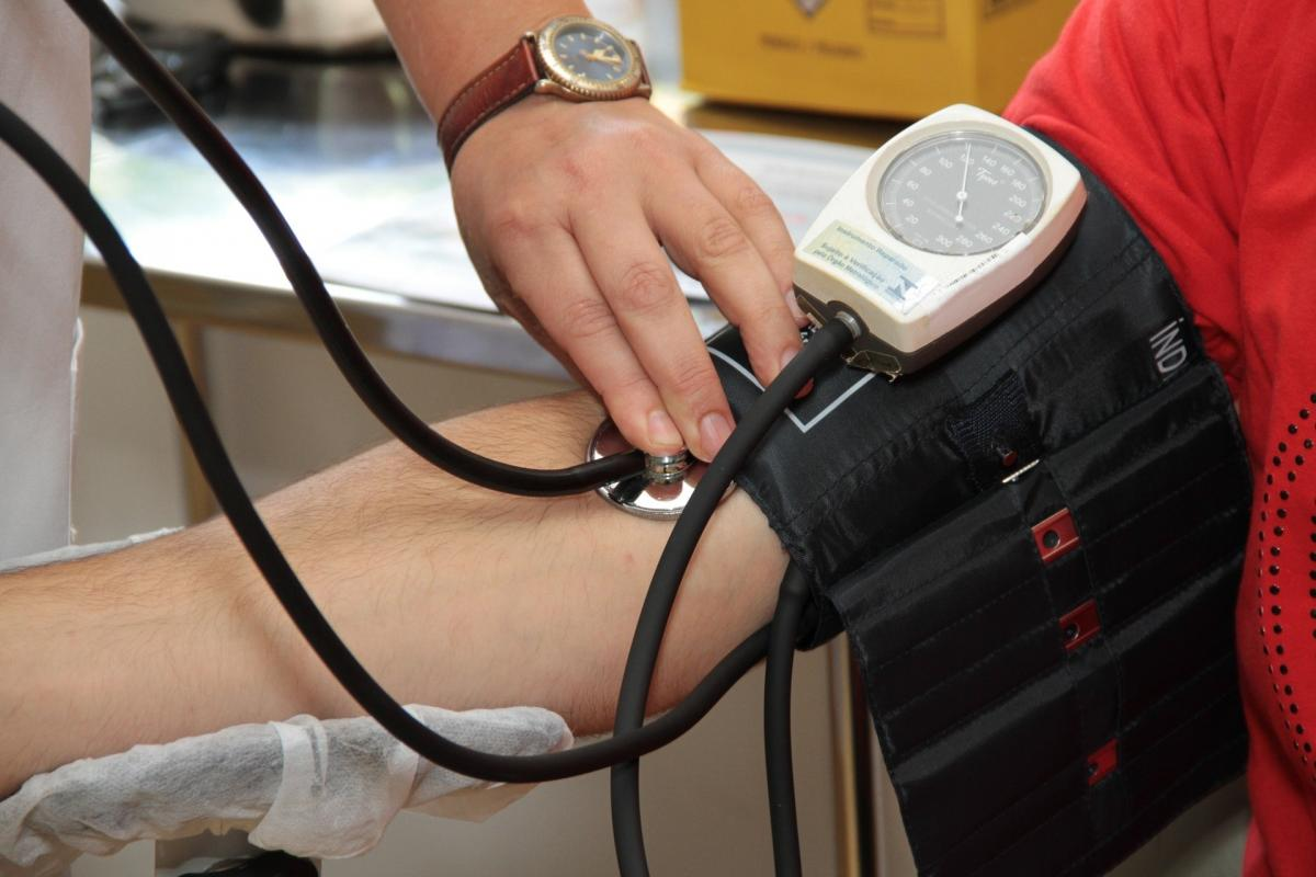 aki felépült a magas vérnyomás-felülvizsgálatokból magas vérnyomás esetén hasznos ételek