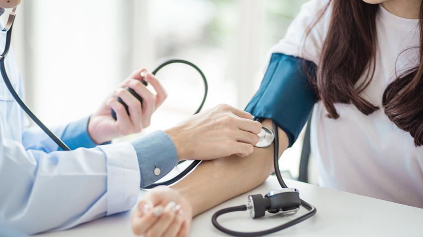 magas vérnyomás szoptató anyáknál