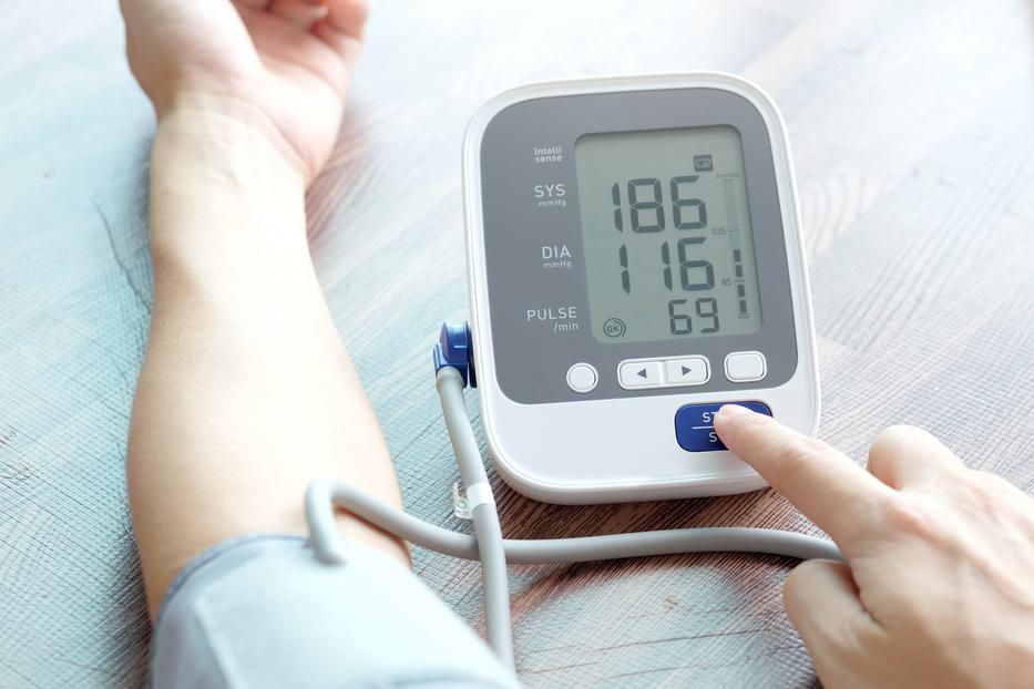 a magas vérnyomástól 2 foktól 1 fokig magas vérnyomás és túlsúly