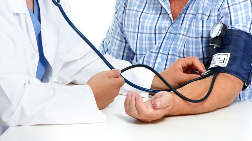 kórházi magas vérnyomás standard a szívizom magas vérnyomásának kezelése