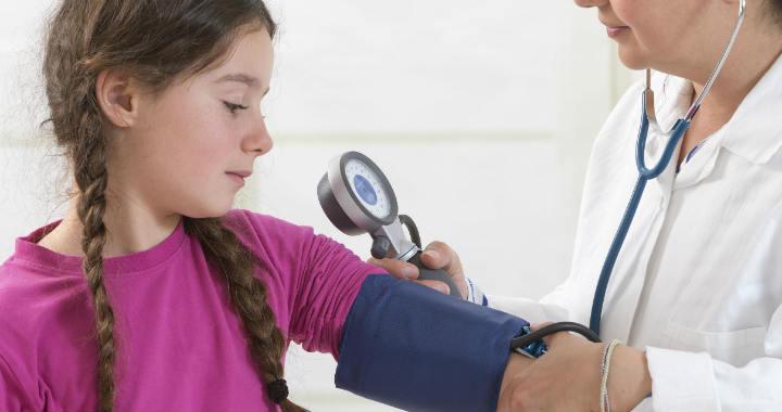 magas vérnyomás 13 éves gyermekeknél